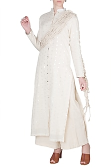 Ivory Straight Kurta With Dories by A-Sha By Rishi & Vibhuti