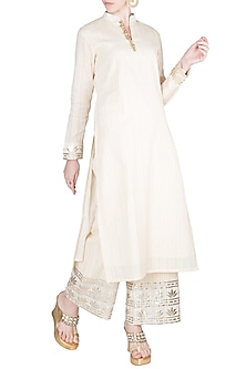 Ivory Straight Kurta With Pants by A-Sha By Rishi & Vibhuti