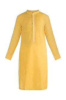 Yellow Linen Cotton Kurta by Rishi & Vibhuti Men