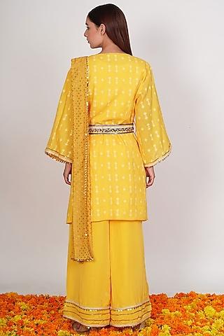 Yellow Bugle Beads Blazer Saree Set by Rishi & Vibhuti