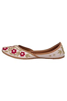 White & Red Floral Sequins Embellished Juttis by RISA