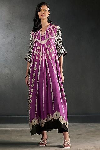 Grape Embroidered Kimono Tunic Set by Rajdeep Ranawat