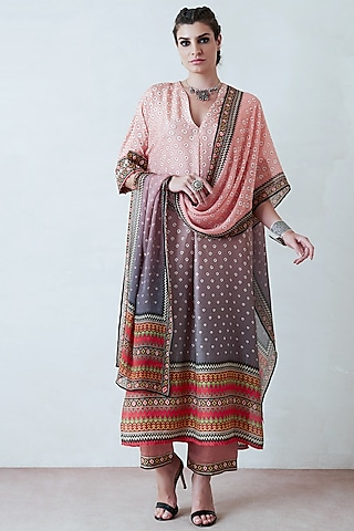 Salmon Pink Printed Tunic Set by Rajdeep Ranawat