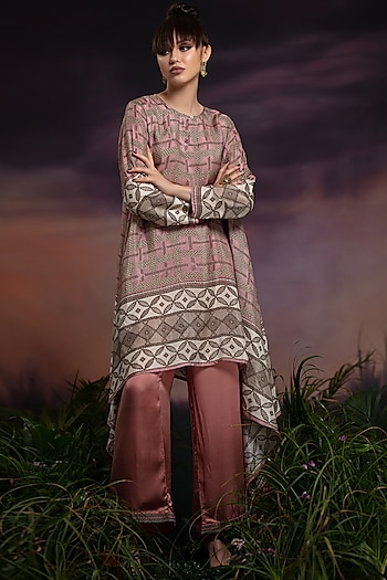 Dusty Rose Printed Tunic With Pants by Rajdeep Ranawat