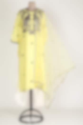 Yellow Embroidered Kurta Set by Rajat tangri