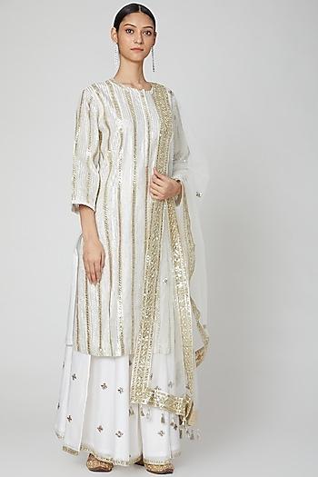 White Embroidered Kurta Set by Rajat tangri