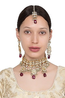 Gold Plated White and Maroon Semi Precious Stones Choker Necklace with Earrings and Maangtika by Riana Jewellery