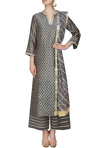 Grey A line floral khadi motifs kurta with grey straight pants and lehriya gota border dupatta by RAJH By Bani & Sheena
