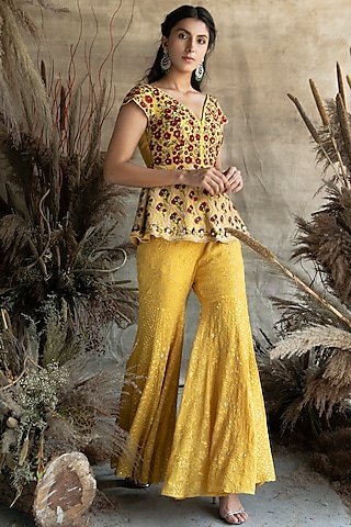 Yellow Embroidered Gharara Set by Rachit Khanna