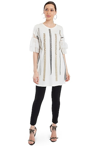 White Embellished T-Shirt by Rocky Star