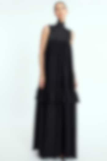 Black Dress With Polo Neck by Rocky Star