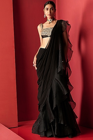 Black Embroidered Draped Saree Set by Ridhi Mehra