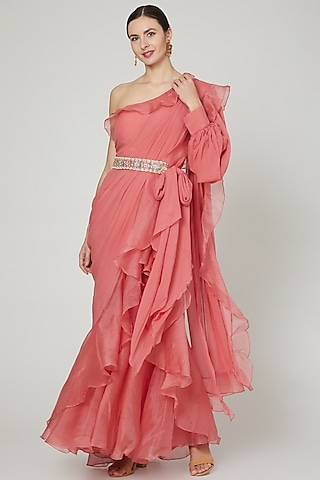 Rust Pink Ruffled Saree Set With Belt by Ridhi Mehra
