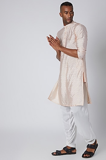Peach Front Placket Kurta by Rishi & Vibhuti Men