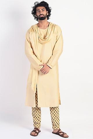 Bright Gold Formal Kurta With Scarf by Rishi & Vibhuti Men