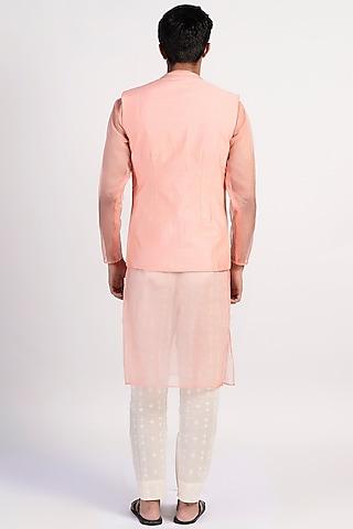 Peach Embroidered Jacket Set by Rishi & Vibhuti Men