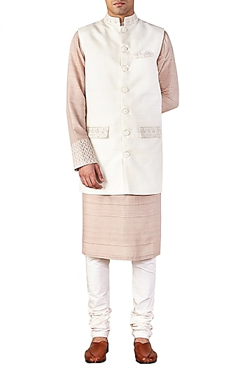 Ivory Embroidered Bandhgala Jacket by Ridhi Mehra
