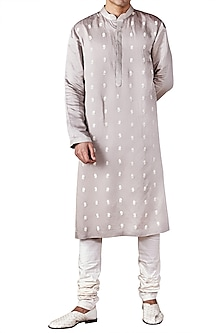 Light Grey Flower Motif Embroidered Kurta by Ridhi Mehra
