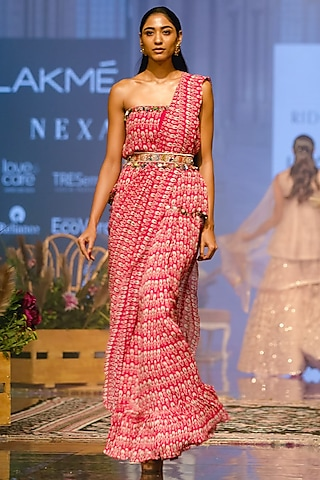 Pink Printed Tube Saree With Embellished Belt by Ridhi Mehra