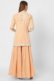 Peach Leheriya Embroidered Kurta Set by Ruchira Nangalia
