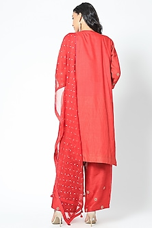 Red Embroidered Kurta Set by Romaa