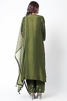 Emerald Green Embroidered Kurta Set by Romaa