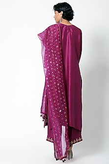 Purple Embroidered Kurta Set by Romaa