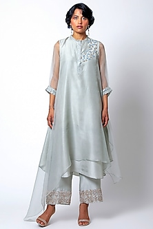 Grey Embroidered Kurta With Pants by Romaa