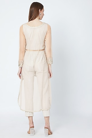 Pale Pink Embroidered High-Low Kurta Set by Rozina
