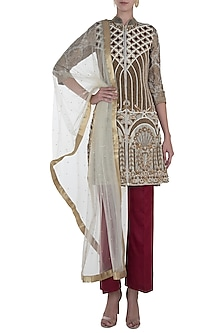 Offwhite and Maroon Embroidered Kurta Set by Rozina
