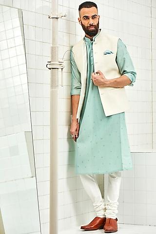 White Hand Embroidered Waistcoat by Rajesh Pratap Singh Men
