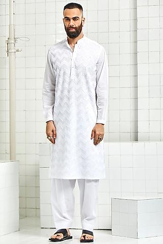 White 3D Textured Kurta by Rajesh Pratap Singh Men