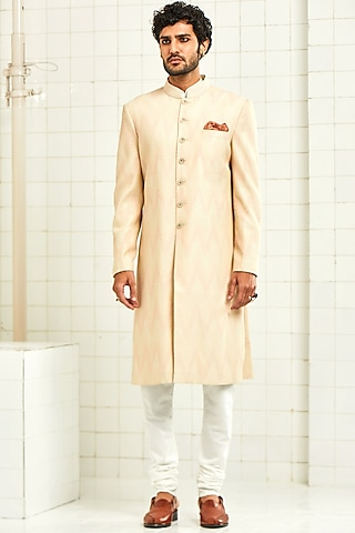Ivory Pintucked Sherwani With Thread Work by Rajesh Pratap Singh Men
