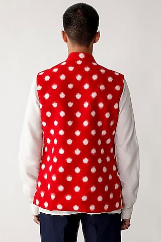 Beige & Red Reversible Waistcoat by Rajesh Pratap Singh Men