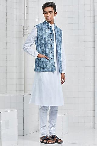 Melange Blue Linen Waistcoat by Rajesh Pratap Singh Men