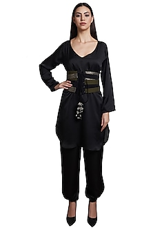 Black Kurta With Pants & Olive Green Belt by RS by Rippii Sethi