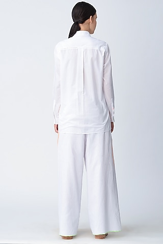 White Embroidered Shirt by Rajesh Pratap Singh