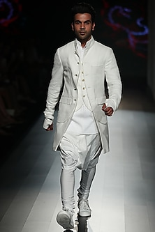 White Cotton Kurta by Rajesh Pratap Singh Men