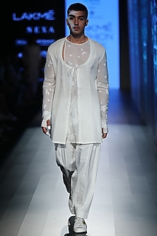 White Angrakha Knotted Kurta by Rajesh Pratap Singh Men