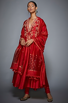 Red Embroidered Kurta Set by Ri Ritu Kumar
