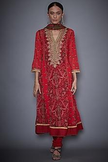 Red & Olive Green Kurta Set With Embroidery by Ri Ritu Kumar