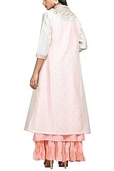 Ivory & Pink Embroidered Kurta Set by Ri Ritu Kumar
