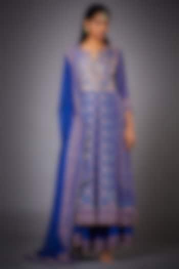 Blue Embroidered Kurta Set by Ri Ritu kumar