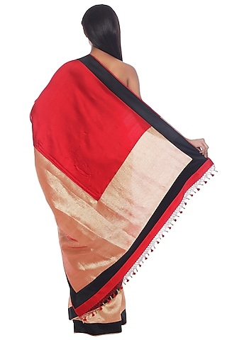 Red & Gold Banarasi Saree Set by Ri Ritu Kumar