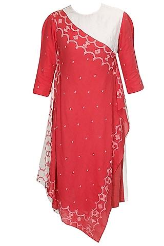 Coral and ivory jamdani maheshwari wrap dress by Rahul Mishra