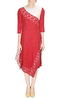 Coral and ivory jamdani maheshwari wrap dress by Rahul Mishra