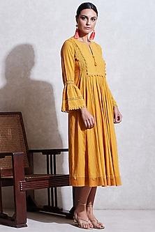 Yellow Dobby Long Kurta by Ritu Kumar