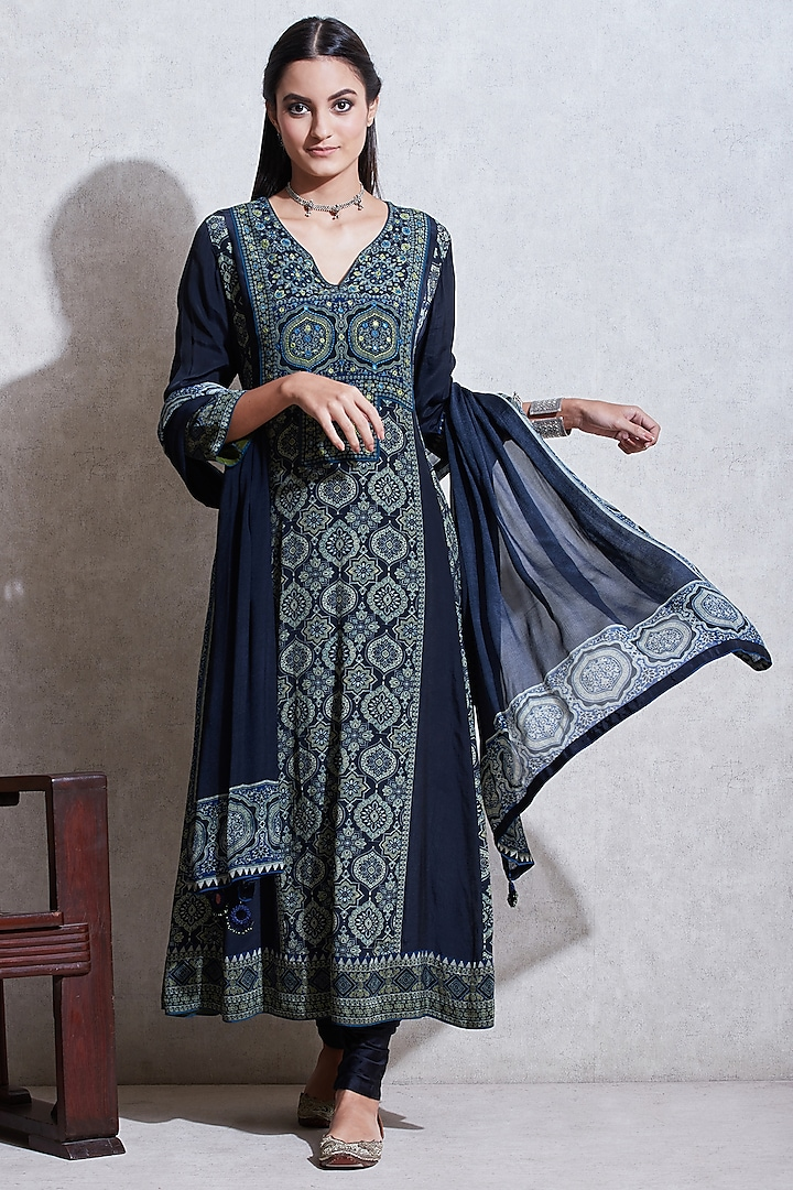 Indigo Blue & Sea Green Printed Kurta Set by Ritu Kumar