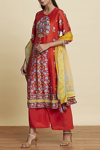 Red Floral Printed Kurta Set by Ritu Kumar