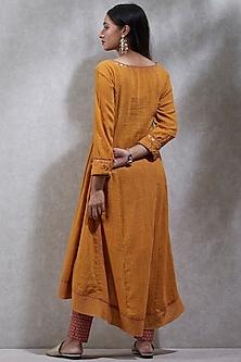 Mustard Yellow Printed Dhoti Kurta Set by Ritu Kumar